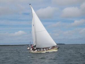 Sailboat Alberg 29