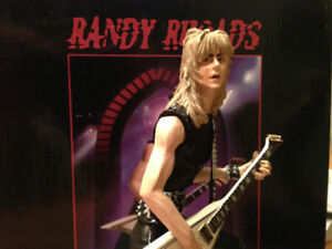 Randy Rhoads Guitar Hero Knucklebonz Statue