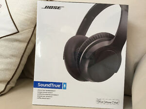 NEW Bose SoundTrue II Around-Ear Headphones