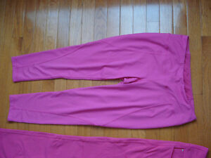 Titika Leggings/Pants London Ontario image 3