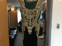 BNWT Emerald green with gold prom/gown size10
