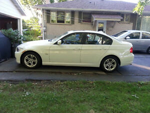 2011 BMW 3-Series 328i xDrive Classic Edition Sedan
