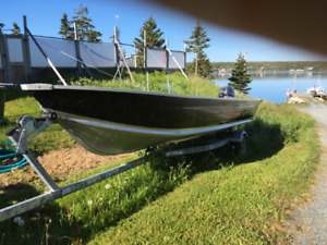 16' boat - 25 hp Yamaha motor and trailer