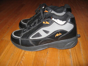 KIDS TEENS MEN HEELYS Cambridge Kitchener Area image 3