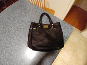 Small Tommy Hillfiger Hand Bag For Sale