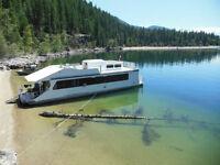 """Houseboat 58' x 14' 6"""" Beautiful Cabin on Lake"""