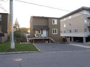 4 bedroom 2 bathroom for sale really close to ikea. It's good!