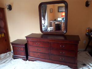 QUEEN BED   DRESSER  AND  NIGHT  STAND