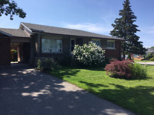 Renovated - House w/ Rooms for Brock U or Niagara C Students
