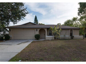 **CUTE AND AFFORDABLE HOME IN GREAT AREA** LOCATED IN CAPE CORAL