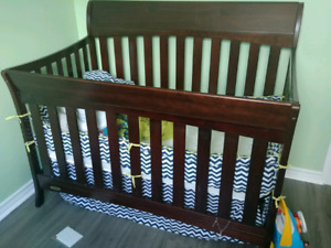 Never used Graco crib and mattress