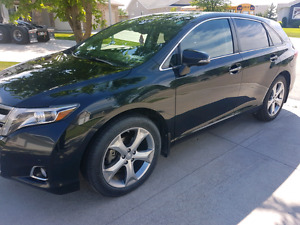 2014 Toyota Venza V6 AWD Limited w / Tech