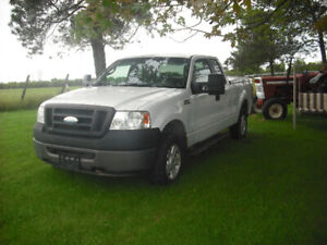 2008 Ford F-150 4X4 Extended cab, Looks & runs great  4800.  OBO