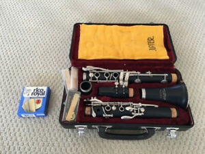 Jupiter JCL-631 Bb clarinet with mouthpiece and reeds