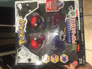 New in package Pokemon Pop N Battle Rivalry Pack Series 2