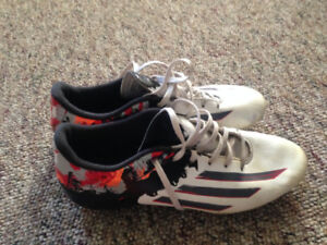 Messi Adidas Size 8.5 Soccer Cleats