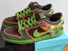 Nike SB Dunk Low - Del La Soul (RARE)