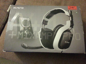 Gaming headset ASTRO A40 mix amp pro