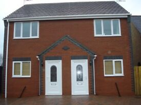 2 bedroom semi detached house to let, village location, private parking, open plan living space