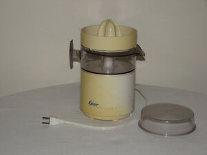 Oster Electric Citrus Juicer