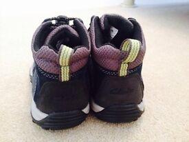 Clarks size 8 boys boots