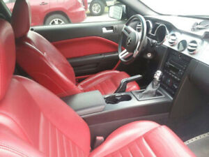 2005 Ford Mustang RED INTERIOR