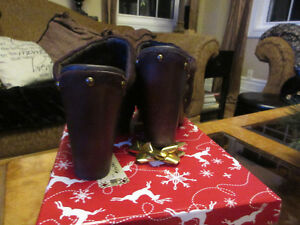 Ladies Brown Suede High Heeled Ugg Clogs Size 7