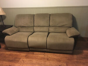 Couch & love seat recliner