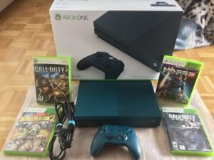 X Box One S - Bleue, 500gig + 4 jeux cd - 310$
