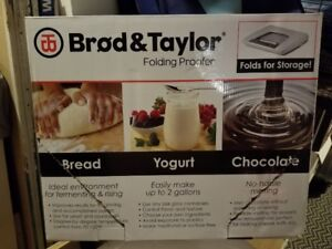 BROD AND TAYLOR PROOFING CABINET NEW IN BOX