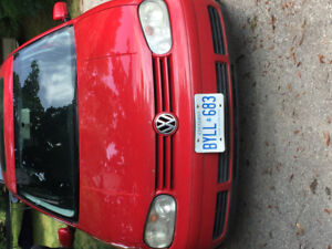 2004 VW GOLF MOVING OUT OF PROVINCE  MAKE ME A REASONABLE OFFERS