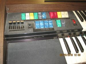 Lowrey Debut Magic Genie Organ