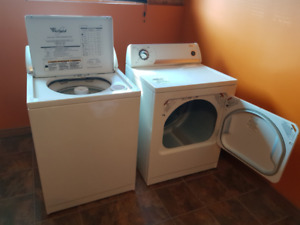 Whirlpool Washer & Dryer Set, Great Condition.