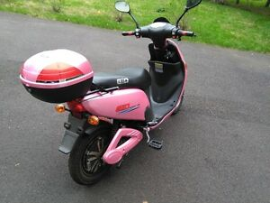 Electric Scooter GIO for sale