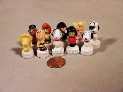 Snoopy Feves Porcelain 10 Figurines Charlie Brown, Lucy, Woodstock Epiphany Cake - Charlie Brown Cakes