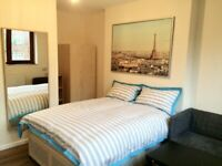 Rent Double Room own balcony in Stoke Newington (Zone 2), Postcode: N16 8TJ