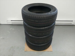 4 pneus d'été 205/55/R16 KUMHO SOLUS    neuf