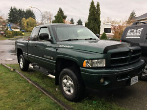 2000 Dodge Power Ram 1500 Pickup With Many Extras And Low KM's