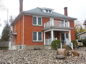 4+ BDRM HOME FOR LEASE