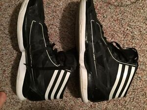 Adidas Crazy Light 9/10 condition worn twice 80$ OBO Edmonton Edmonton Area image 1