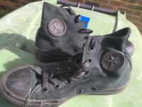 Black Converse All star boots As New unisex size 4