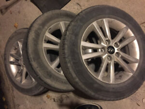 Hyundai 4 mags with summer tires 205/65/16