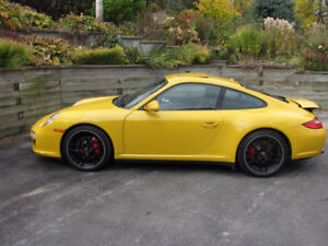 2011 Porsche 911 C4S Coupe (2 door)