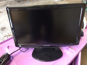 "Sharp 19"" flat screen TV LC19SB25U"