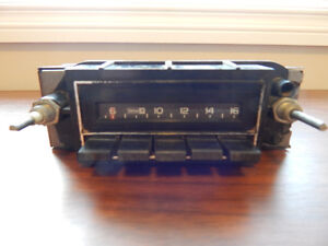 Vintage Auto Delco Chevrolet GM C10 GMC AM Radio / Stereo / Deck
