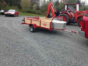 5X8 Utility Trailer with 2500lb axle.