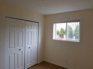 1 bedroom daylight suite available july 1st