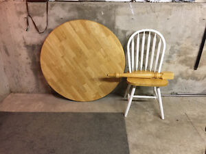 40inch Round table & four chairs
