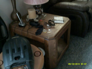 oak coffee table/ end tables