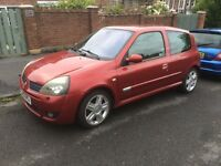 Renault Clio Sport 172 low mileage, clean condition, great example.